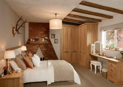 Chapter Oak - Style 4 Cottage